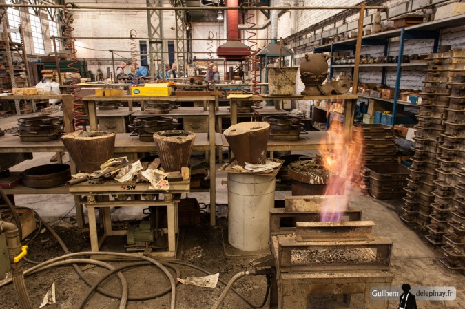 report Foundry : the inverted casting - The same, the ladles used to transport aluminum from the crucible to the mold must be heated and poteyees.