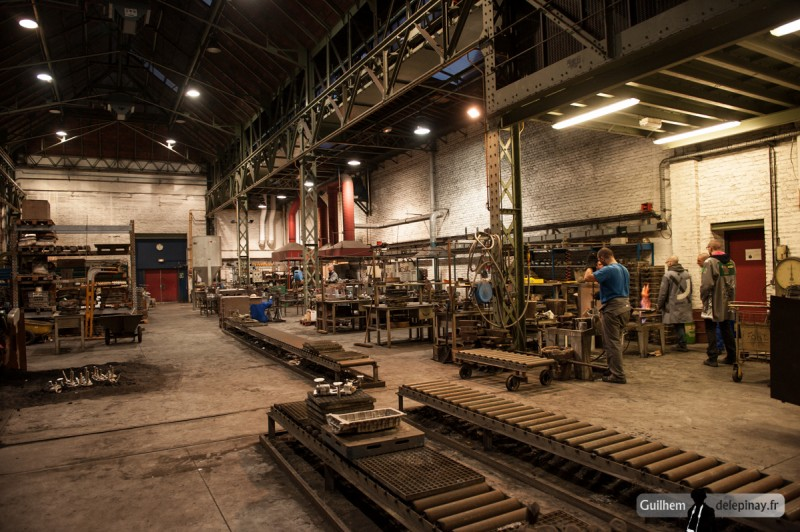 fonderie arts et métiers - Aperçu de l'atelier de fonderie des Arts et Métiers de Lille, où sont réalisés tous les ans les cendriers pour le Gala des Arts et Métiers : les Fignoss.
